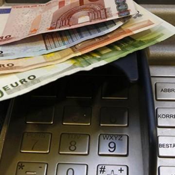 bankomat-nemacka-rojters